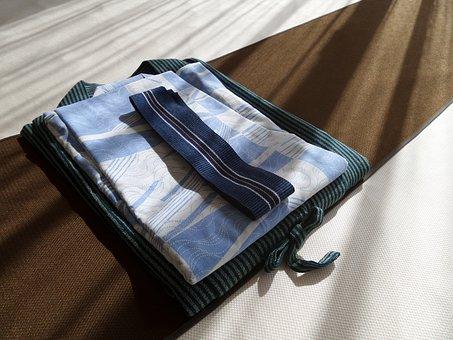 男の和服着物、浴衣、帯