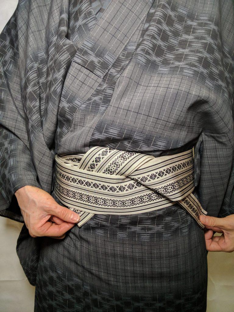 男の帯結び 片ばさみ 和服着物