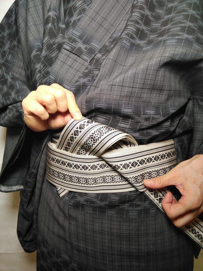 男の帯結び 浪人結び 和服着物