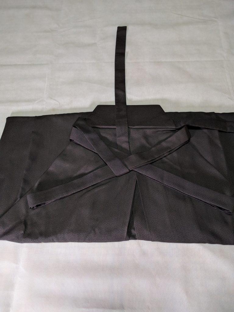 男の和服着物 袴 畳み