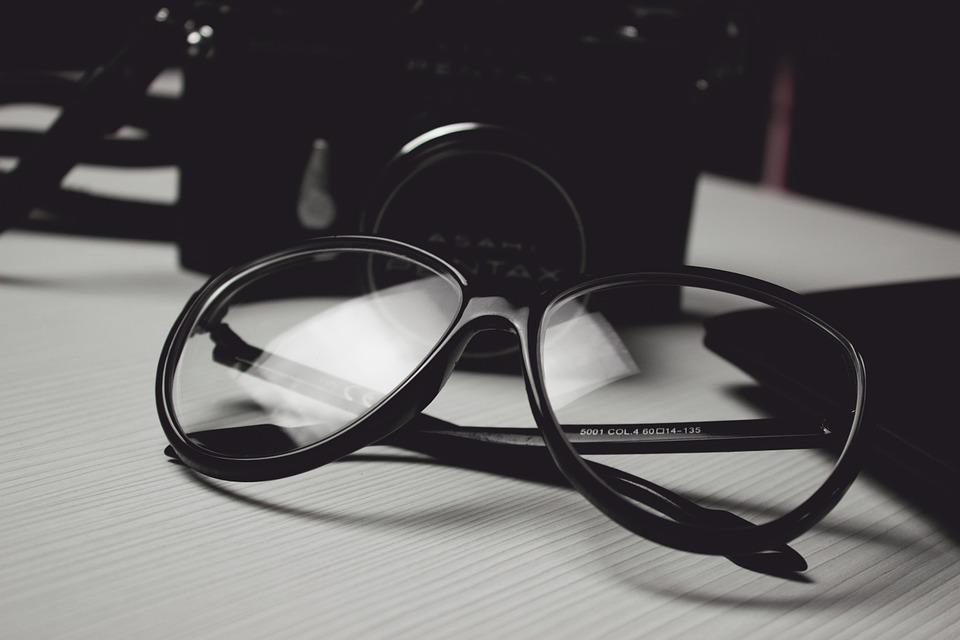 男の和服着物、洋小物、組み合わせ、メガネ