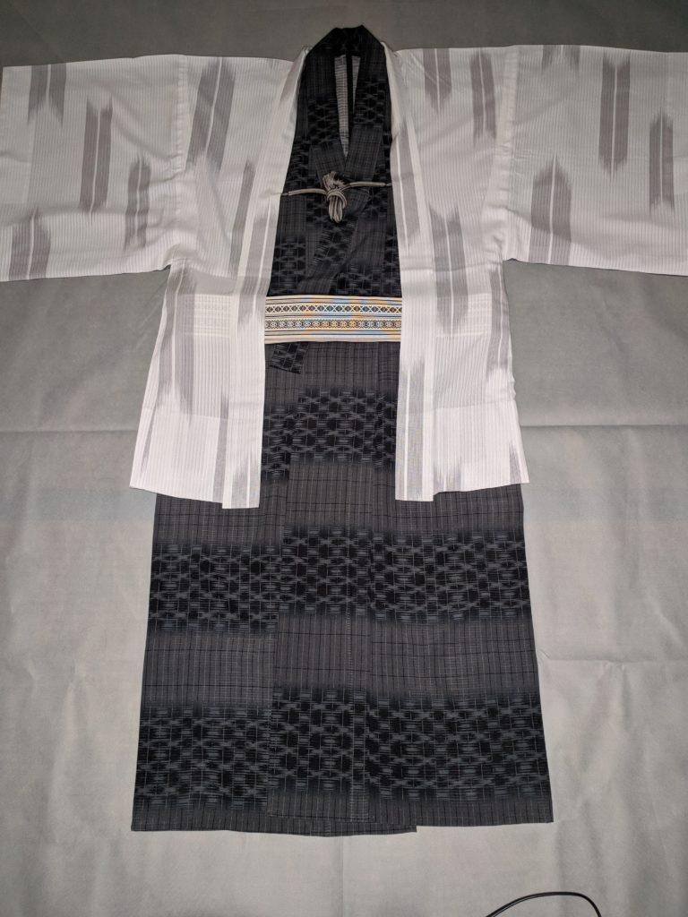 男の和服着物、モッズ、組み合わせ、色、白、黒