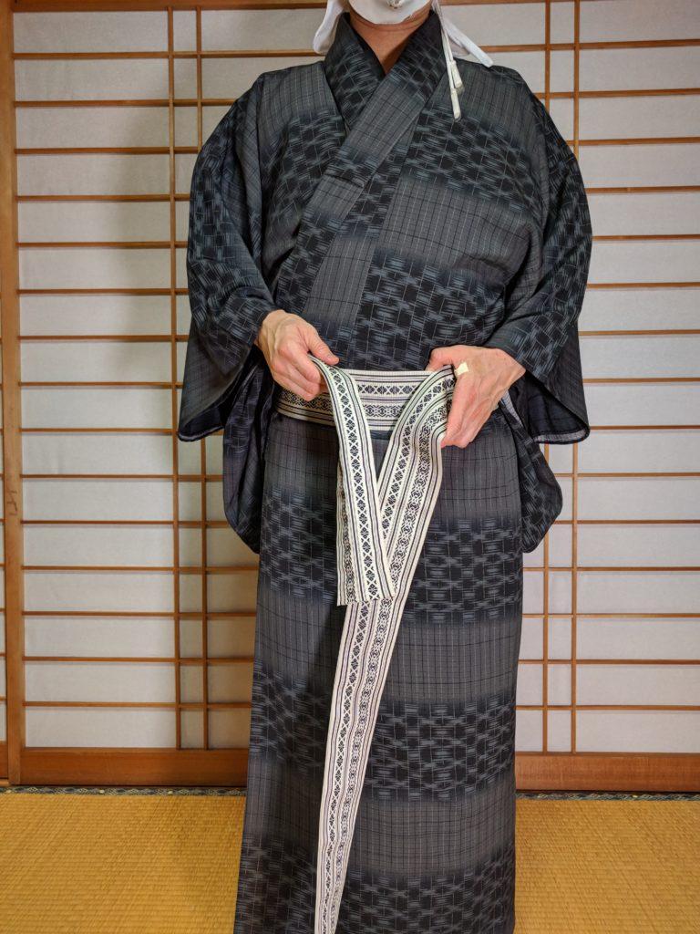 男の和服着物、帯、結び直し、ほどく、直し方