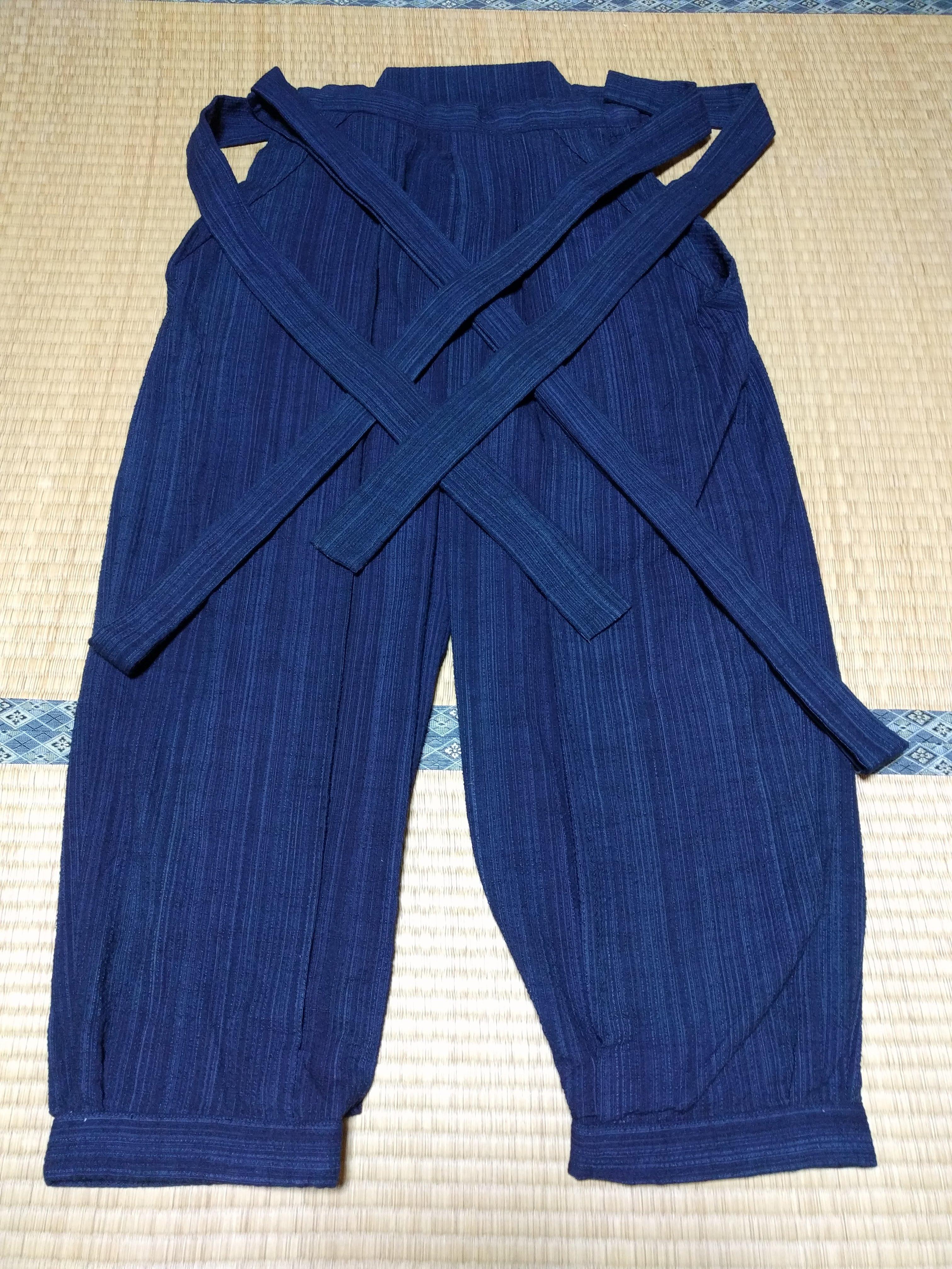 男着物,モッズ,メンズ着物,和服,和装,裏着物,袴,野袴,狐面,正面,